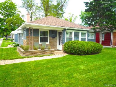 ROYAL OAK Single Family Home For Sale: 3722 Normandy Road
