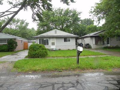 Plymouth Twp, Canton Twp, Livonia, Garden City, Westland Single Family Home For Sale: 448 S Farmington Road
