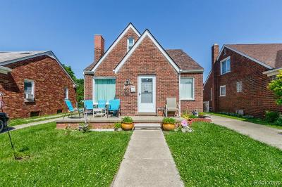 Dearborn Single Family Home For Sale: 7340 Manor Street