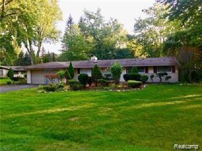 Troy Single Family Home For Sale: 2795 Bolingbroke Drive