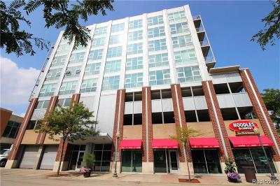 Royal Oak Condo/Townhouse For Sale: 100 W 5th Street #511