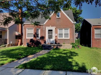Dearborn Single Family Home For Sale: 4651 Helen Street