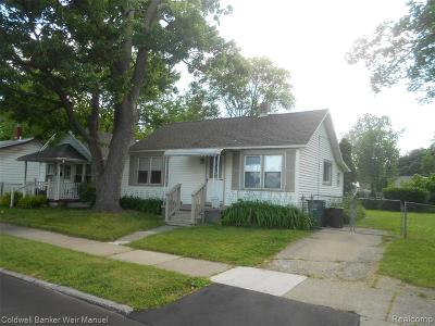 Oakland County Single Family Home For Sale: 2356 McDowell Street