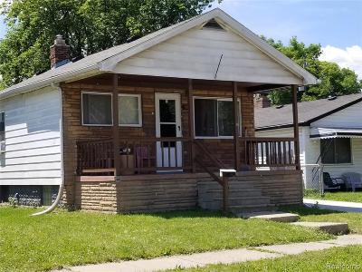 Warren Single Family Home For Sale: 7260 Cadillac Avenue