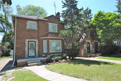 Detroit Single Family Home For Sale: 3211 W Outer Drive