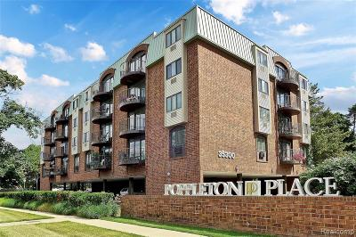 Birmingham Condo/Townhouse For Sale: 35300 Woodward Avenue #301