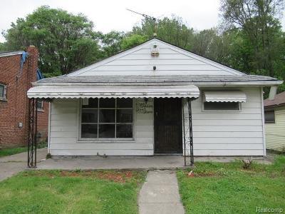 Detroit Single Family Home For Sale: 8345 Alpine Street