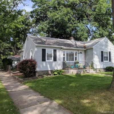 Dearborn Heights Single Family Home For Sale: 8601 Riverview Street