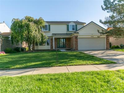 Macomb Twp Single Family Home For Sale: 18238 Cider Mill Drive