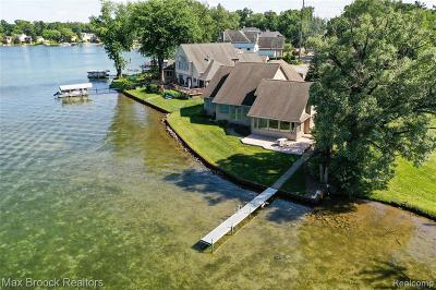 Commerce Twp Single Family Home For Sale: 1807 Union Lake Road