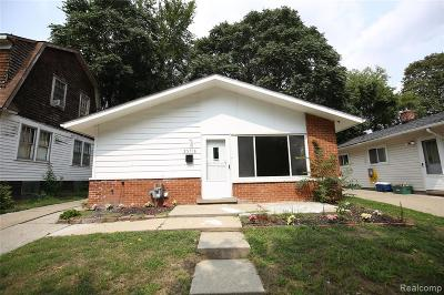 Dearborn Heights Single Family Home For Sale: 25718 Hanover Street