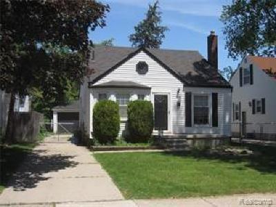 Berkley Single Family Home Pending: 2028 Columbia Rd