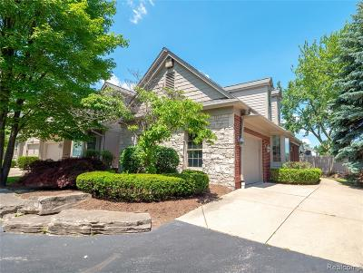 Royal Oak Condo/Townhouse For Sale: 3323 Nell Rose Court