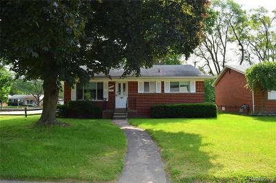 Royal Oak Single Family Home For Sale: 4126 Woodland Avenue