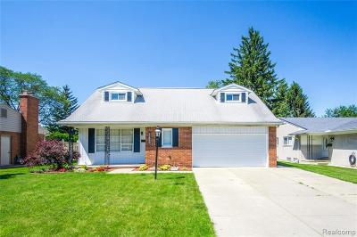 Dearborn Heights Single Family Home For Sale: 27360 Kingswood Drive