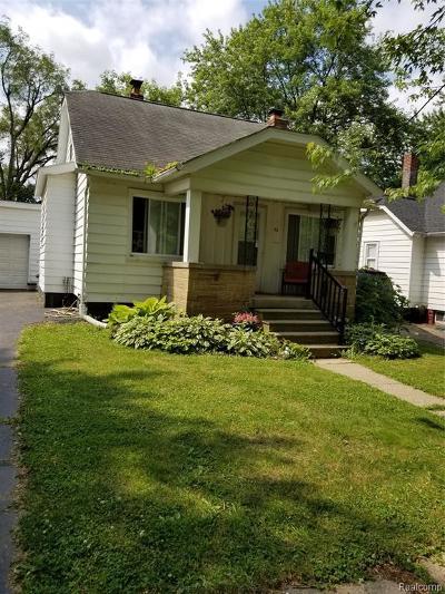 Pontiac Single Family Home For Sale: 33 W Colgate Avenue