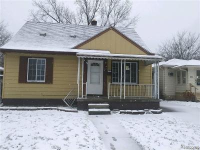 Warren Single Family Home For Sale: 8444 Lozier Avenue