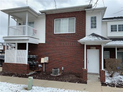 Sterling Heights Condo/Townhouse For Sale: 5877 Twin Oaks Drive