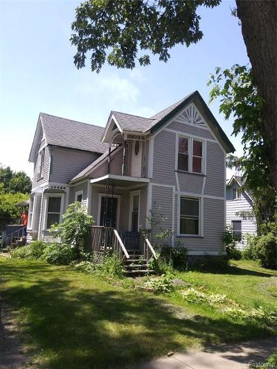 Single Family Home For Sale: 407 N Main Street