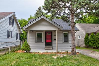 Warren Single Family Home For Sale: 21619 Conners Avenue