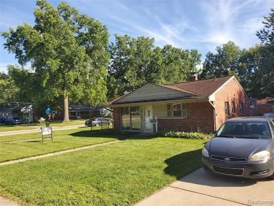 Dearborn Heights Single Family Home For Sale: 25007 Stanford Street
