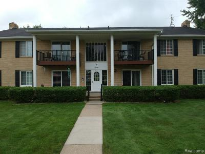 Sterling Heights Condo/Townhouse For Sale: 11840 Ina Drive #66