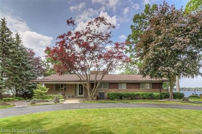 Waterford Single Family Home For Sale: 4675 Motorway Drive