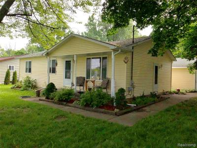 Single Family Home For Sale: 11445 Main Road