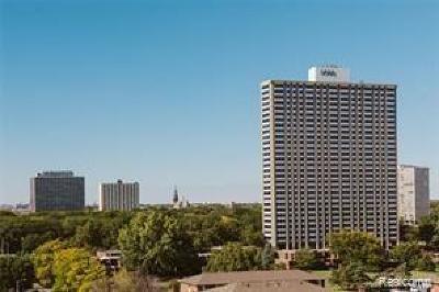 Detroit Condo/Townhouse For Sale: 1300 E Lafayette Unit #2810/11/12