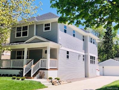 Royal Oak Single Family Home For Sale: 1207 Cherokee Avenue