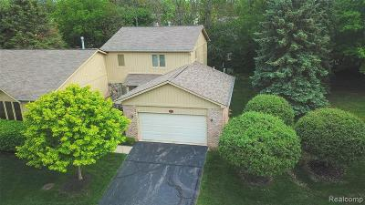 Farmington Hills Condo/Townhouse For Sale: 29550 Sylvan Lane