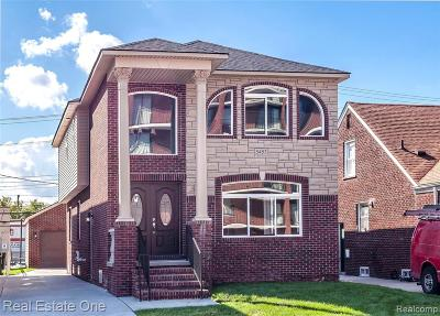 Allen Park, Lincoln Park, Southgate, Wyandotte, Taylor, Riverview, Brownstown Twp, Trenton, Woodhaven, Rockwood, Flat Rock, Grosse Ile Twp, Dearborn, Gibraltar Single Family Home For Sale: 5453 Calhoun St,