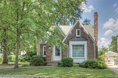 Dearborn Single Family Home For Sale: 421 N Silvery Lane