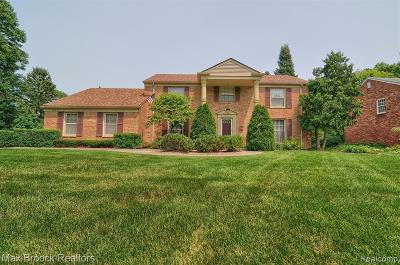West Bloomfield Twp Single Family Home For Sale: 5873 Trotter Lane