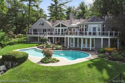 Bloomfield Twp Single Family Home For Sale: 1624 Lochridge Road