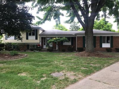 Troy Single Family Home For Sale: 59 Aberdeen Drive