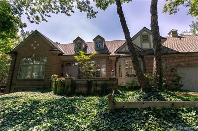Bloomfield Twp Condo/Townhouse For Sale: 4085 Cranbrook Court