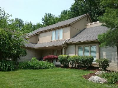 West Bloomfield Twp Single Family Home For Sale: 5300 Cedar Grove Court