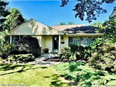 Birmingham MI Single Family Home For Sale: $580,000