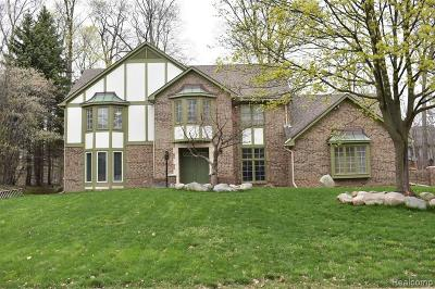 Farmington, Farmington Hills Single Family Home For Sale: 38800 Cheshire Drive