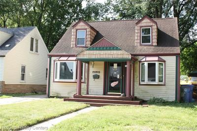 Dearborn Heights Single Family Home For Sale: 25905 Currier Street