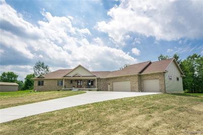 Single Family Home For Sale: 13034 White Oaks