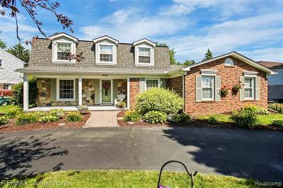 Livonia Single Family Home For Sale: 35452 Bennett Street