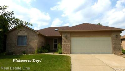 Troy Single Family Home For Sale: 2089 Gabriel Drive