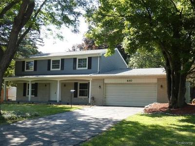 Grand Blanc Single Family Home For Sale: 410 Boutell Drive