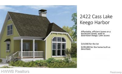 Keego Harbor Single Family Home For Sale: 2422 Cass Lake Road