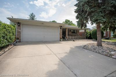 Macomb County, Oakland County, Wayne County Single Family Home For Sale: 21932 Stephens Street