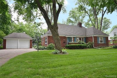 Beverly Hills Vlg Single Family Home For Sale: 18289 Devonshire Street