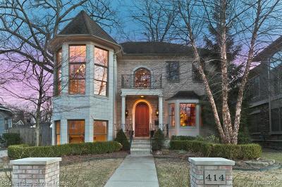 Royal Oak Single Family Home For Sale: 414 Hawthorn Avenue