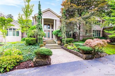 Bloomfield Hills Single Family Home For Sale: 1250 Vaughan Road